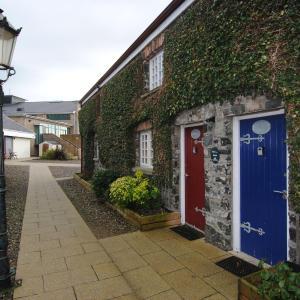 Hotel Pictures: Baptist Chalets - Connaugh, Portstewart