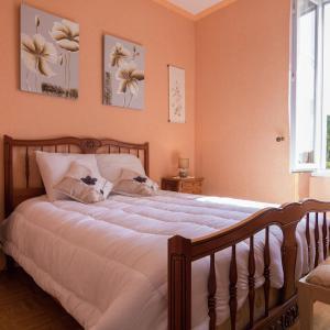 Hotel Pictures: Maison De Vacances - Ambrugeat La Sagne, Meymac