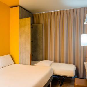 Hotel Pictures: ibis budget Bordeaux Est Lormont, Lormont
