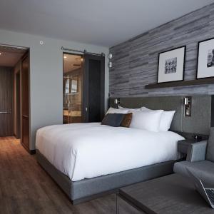 Hotel Pictures: Entourage sur-le-Lac, Lac-Beauport