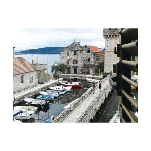 Hotel Pictures: Two-Bedroom Holiday Home in Kastel Gomilica, Kaštela
