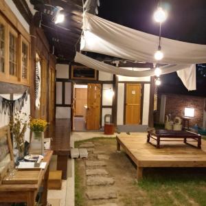 Fotografie hotelů: Hundred Years Hanok, Mokpo