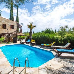 Hotel Pictures: Villa Ambeli, Miliou