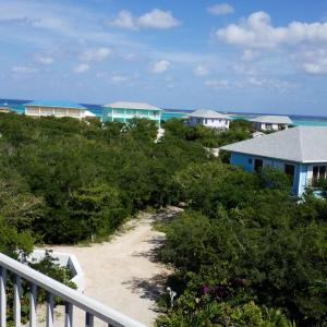 Hotel Pictures: Harbor Breeze Villas, Clarence Town