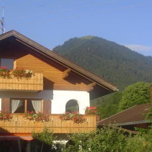 Hotelbilleder: Gästehaus Peter Wiedemann, Lenggries