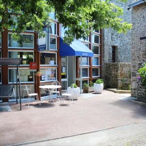 Hotel Pictures: Hôtel Mélaine, Le Bono