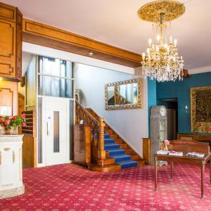Hotel Pictures: Hostellerie de La Roseraie, Barbotan-les-Thermes