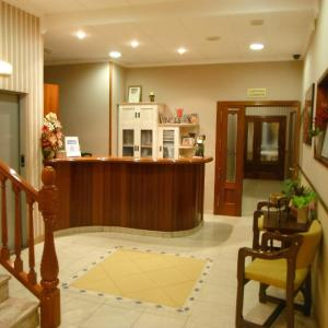 Hotel Pictures: Hotel Clemente, Barbastro