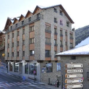 Foto Hotel: Apartaments Turistics Pirineu, Soldeu