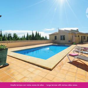 Hotel Pictures: Bookit Villa Berdica, Teulada
