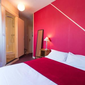 Hotel Pictures: Logis Hotel Rabelais, Tours