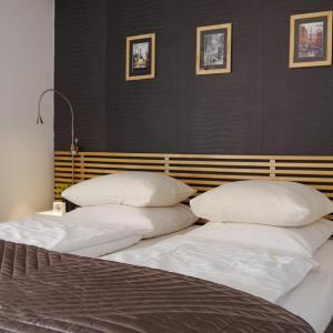 Hotel Pictures: Monaco Pool Sea View Apartments, Beausoleil