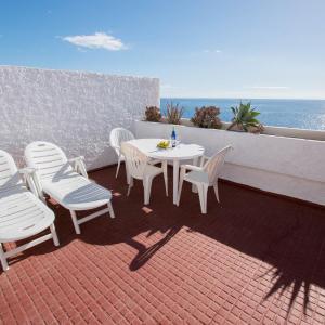 Hotel Pictures: Duplex Familiar Turisur, Candelaria