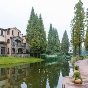 Hotel Pictures: Chengdu Qingchengshan American Style Holiday Villa, Dujiangyan