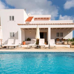 Hotel Pictures: Villa Es Socorrat, Na Xamena