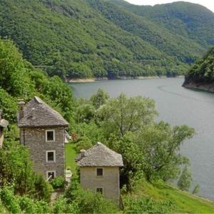 Hotel Pictures: Casa Uccellini, Vogorno