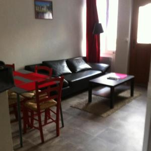 Hotel Pictures: Melitine, Saint-Amand-Montrond