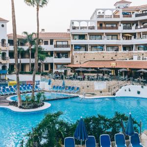 Hotel Pictures: Muthu Royal Park Albatros, San Miguel de Abona