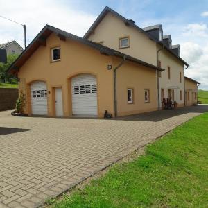 Hotelbilleder: Ferienhaus Schilz, Plütscheid