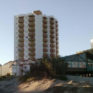 Zdjęcia hotelu: Arpon 9 - 5C - Frente al mar 2 dorm. cochera privada, Villa Gesell