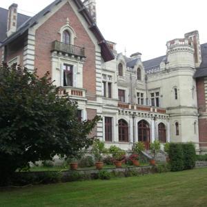 Hotel Pictures: Château de Belle Poule, Les Ponts-de-Cé