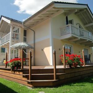 Hotel Pictures: Ferienwohnung Schmid, Grassau