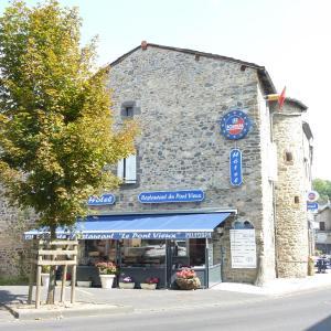 Hotel Pictures: Hôtel Restaurant du Pont-Vieux, Saint-Flour