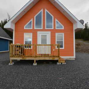 Hotel Pictures: Bambury's Hillside Chalets, Rocky Harbour