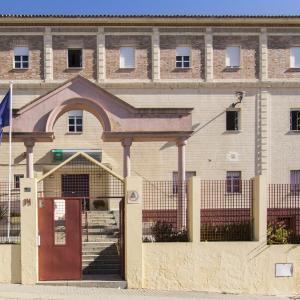 Hotel Pictures: Albergue Inturjoven Huelva, Huelva