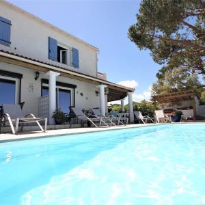 Hotel Pictures: Appart Bleu Azur, Saint-Florent