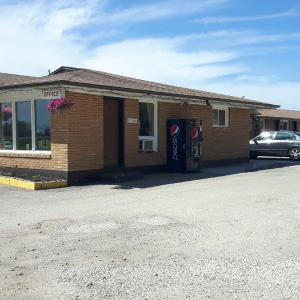 Hotel Pictures: Highland Motel, Dauphin