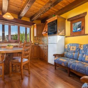 Hotel Pictures: Casa Joana, Claverol