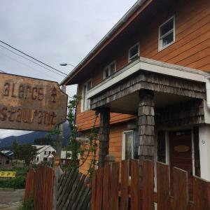Hotel Pictures: Alerce Hostal y Restaurant, Contao