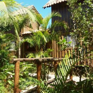 Hotel Pictures: Recanto das Bromélias Chalés, Palhoça