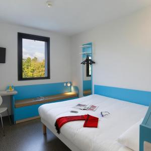 Hotel Pictures: First Inn Hotel Blois, Blois