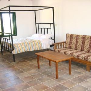 Hotel Pictures: Koilani Gardens, Limassol