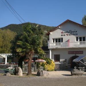 Hotel Pictures: Hostellerie des Vallées, Loures-Barousse
