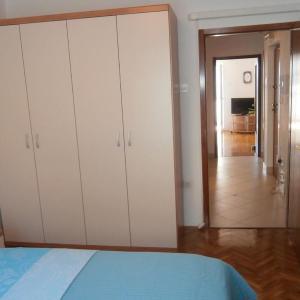 Фотографии отеля: Apartment Lovran 7886a, Ловран