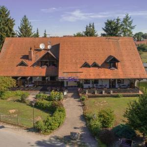 Hotelbilleder: Hotel Zum Forst, Kranzberg