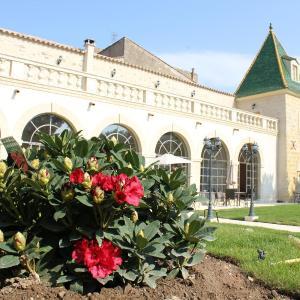 Hotel Pictures: Les Galeries de Beaulac, Pézenas