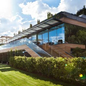 Hotel Pictures: Landhotel Schönberghof & Gästehaus Enzinger, Spielberg