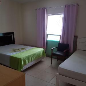 Hotel Pictures: Casa de praia e lagoa, Balneario Barra do Sul