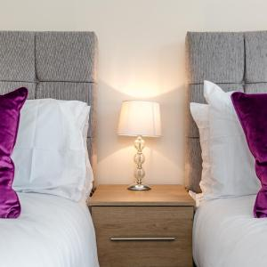 Hotel Pictures: Brook Executive Apartment, Colchester