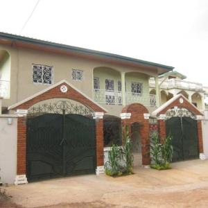 Hotel Pictures: Residence Pascale, Bafoussam