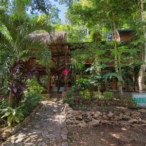 Hotel Pictures: Better In Belize Eco Lodge, Benque Viejo del Carmen