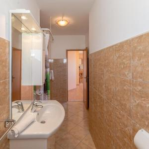 ホテル写真: Apartment Privlaka 12922c, Privlaka