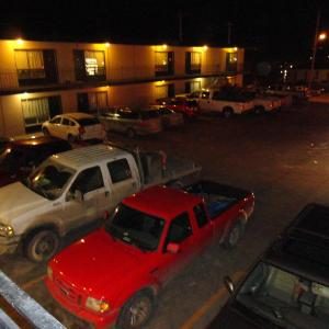 Hotel Pictures: Matador Motel, Drayton Valley