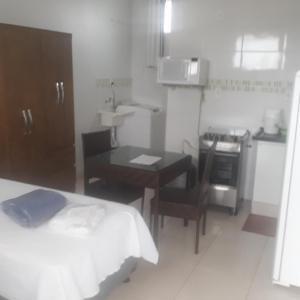 Hotel Pictures: Flat Econômico Uberlândia, Uberlândia