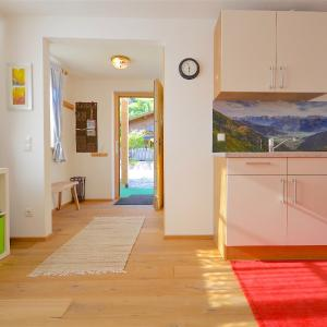 Hotel Pictures: Apartment Hubert by Alpen Apartments, Niedernsill
