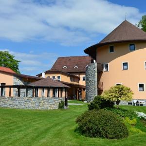 Hotel Pictures: Penzion Marie - Žumberk, Žumberk